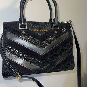 Michael kors selma satchel black used once.